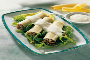 cannelloni mit vegetarischer f llung und k sesauce f r 4 personen. Black Bedroom Furniture Sets. Home Design Ideas